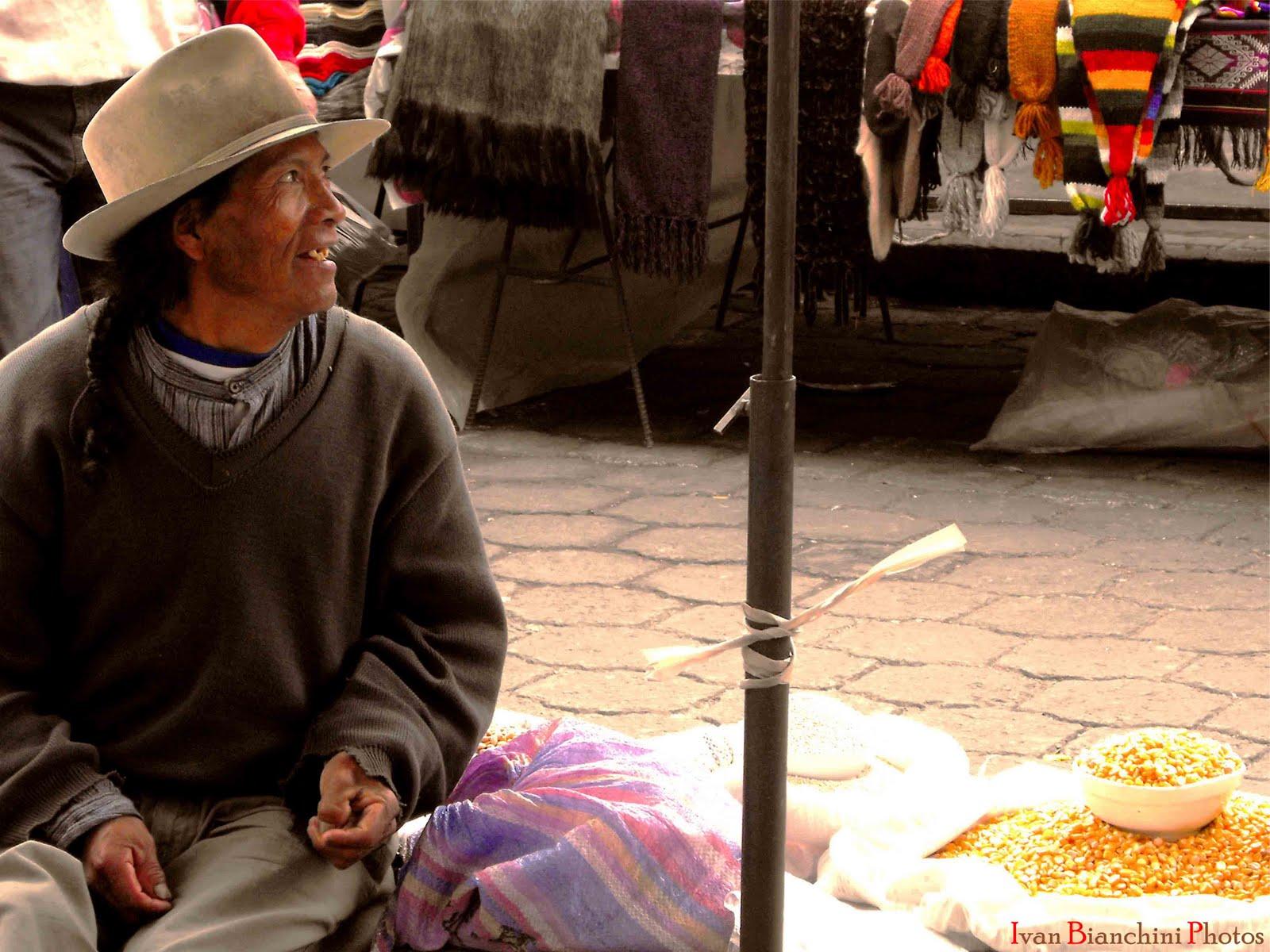 Alla fiera dell'ovest: Otavalo.