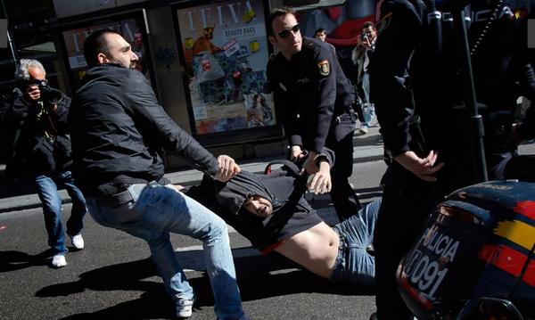 barcellona-scontri-sciopero-29-marzo-2012-anteprima-600x359-613336